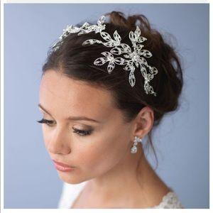 Jewelry - Bridal headpiece